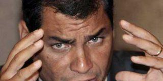 El ecuatoriano Correa intenta asfixiar a los medios críticos a su Gobierno