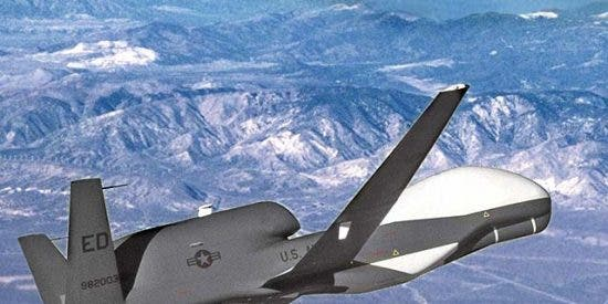 Un avión no tripulado del Pentágono mata a 60 personas al atacar un funeral talibán