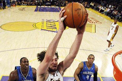 Pau Gasol acerca a los Lakers al anillo