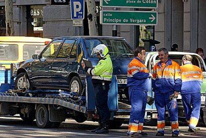 La grúa no podrá quitarle el coche aunque lo deje mal aparcado en zona azul