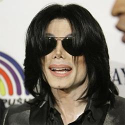 Jackson tenía el cuerpo lleno de pinchazos y pesaba sólo 51 kilos