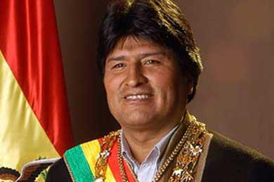 Bolivia comprará un avión presidencial tras el incidente en un viaje de Morales