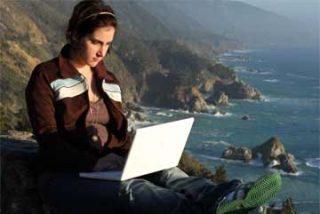 """Rahaf Harfoush: """"Las redes sociales han roto la dependencia de las campañas con los medios"""""""