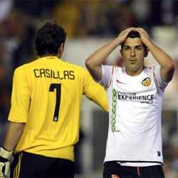 Se tuercen las negociaciones por Villa que ahora apunta al Barça