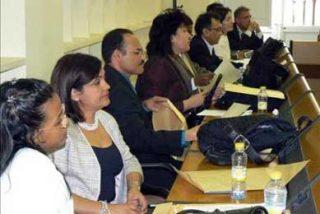 ACULCO organiza talleres de búsqueda de empleo para desempleados inmigrantes