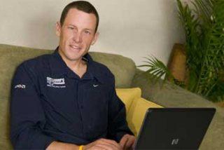 Armstrong anuncia su adiós del Astana, para correr en el RadioShack en el Tour 2010
