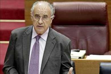 Blasco apunta a la crisis económica como principal causa de los brotes racistas