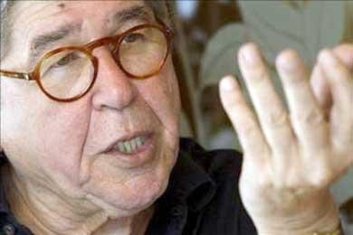 El escritor Bryce Echenique confía en ganar el juicio por las acusaciones de plagio