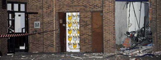 ETA destroza la sede socialista de Durango