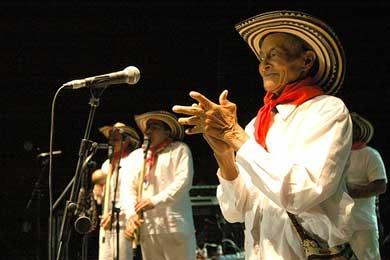 Más de 10.000 colombianos celebraron la Fiesta Nacional en Madrid