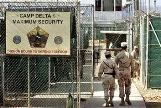 El cierre de Guantánamo se retrasa