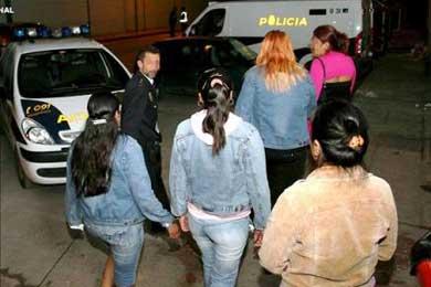 Detenidas ocho inmigrantes de Paraguay en club Albacete por estancia irregula