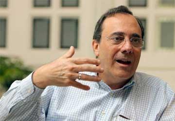 """Carlos A. Montaner: """"No sé si era mejor la OEA cuando era un organismo inútil o ahora que actúa"""""""