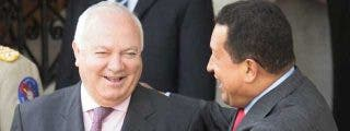 ¿Se ríe Moratinos de las expropiaciones de empresas españolas a manos de Chávez?