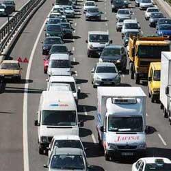 Tráfico prevé 4,6 millones de desplazamientos el fin de semana