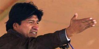 Un hombre que golpeó el vehículo del presidente Evo Morales es enviado a prisión