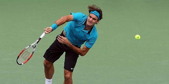 Papa Federer da una lección de tenis al joven Djokovic