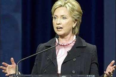 Acuerdo militar entre EE UU y Colombia no afecta a otros países, asegura Clinton
