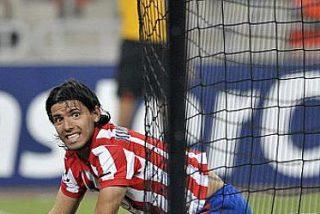 El Atlético de Madrid pone un pie en la Champions
