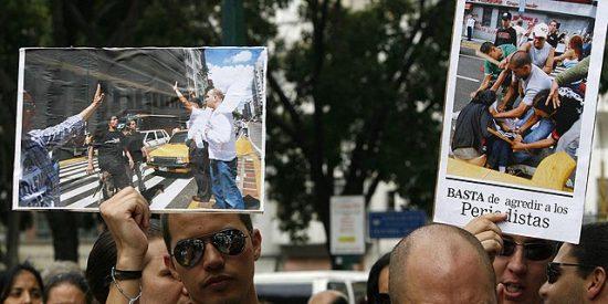 El Gorila Rojo y su persecución al periodista en Venezuela