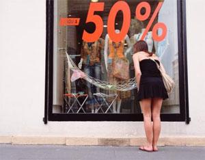 Le diagnostican una depresión causada por acompañar a su novia de compras