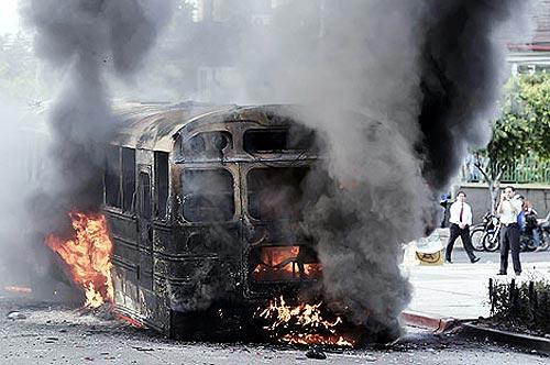 El Gobierno de Micheletti declara el toque de queda en Tegucigalpa