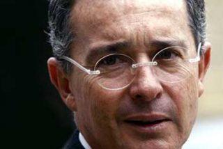 """Álvaro Uribe contrae el virus de la """"Gripe A"""""""
