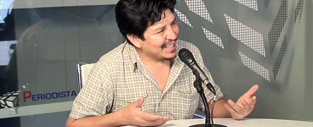 """""""Fuego cruzado"""" en la Federación de Asociaciones de Peruanos en España"""