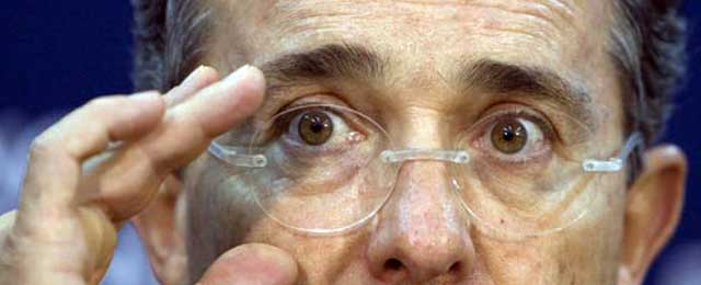 """Uribe tiene """"luz verde"""" para una segunda reelección"""
