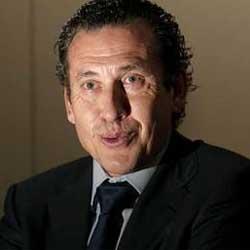 """Valdano: """"Fue el padre de Robben el que nos pidió que lo vendiéramos"""""""