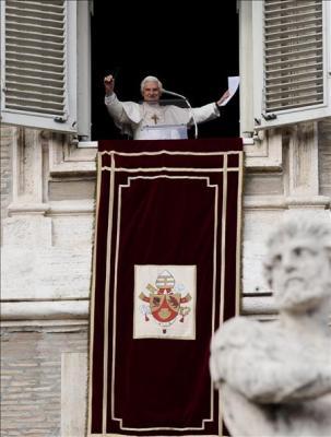 """El Papa en catalán: """"Que el nou beat us beneeixi"""""""