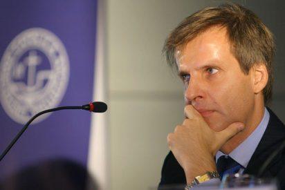 """La presidenta argentina """"asalta"""" el Banco Central y expulsa a su presidente"""