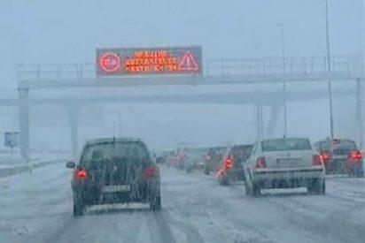 España tirita bajo la nieve