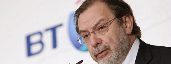 Cebrián reprocha a ZP que haya salvado a las televisiones y no a la prensa