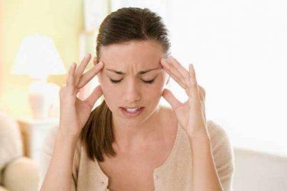 Revelan por qué la luz empeora las migrañas