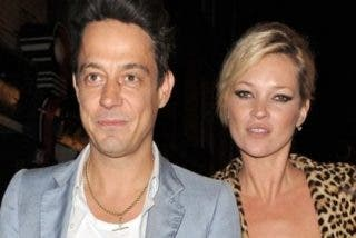Kate Moss se compromete con Jamie Hince