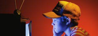 Los videojuegos y los espacios cerrados reducen el campo de visión de los niños y generan miopía