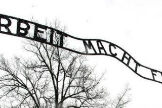 Poderoso multimedia en el 65 aniversario de la liberación de Auschwitz