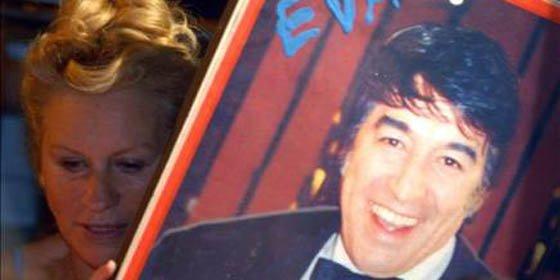 Cientos de seguidores lloran la muerte del popular cantautor Sandro