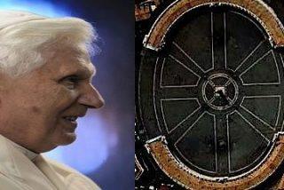 El Papa que reina pero no gobierna