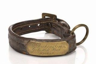 Subastan por 11.590 dólares un collar de perro que perteneció a Dickens