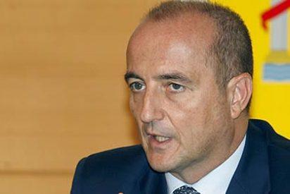 Sebastián se alinea con Telefónica y Vodafone y defiende una tasa europea para los buscadores de internet