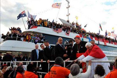 Benedicto XVI cambia el ''Papamóvil'' por un barco