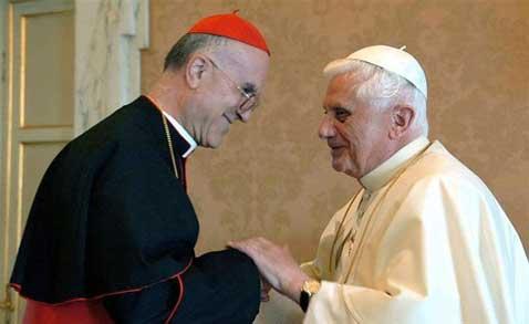 El Vaticano desmiente que Bertone y Vian sean conspiradores