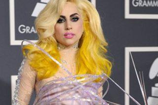 Lady Gaga y su paseo de la provocación en los Grammys