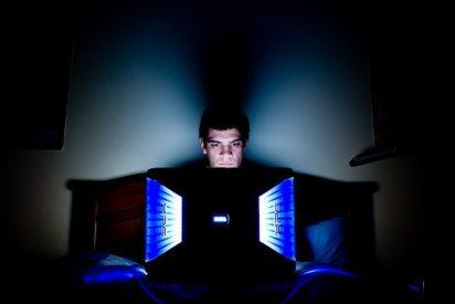 Si pasas demasiado tiempo en Internet, tendrás más posibilidades de caer en depresión