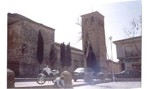 El Arzobispado de Toledo cesa a un cura por gastar 17.000 euros en líneas eróticas