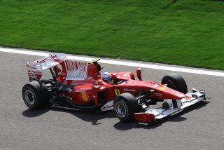 Debuta con Ferrari y Fernando Alonso va y gana la carrera