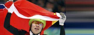 """Dedica el oro a sus padres y China la reprende: """"Primero a la patria"""""""