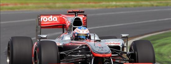 Los McLaren-Mercedes dominan la segunda sesión libre del GP de Australia